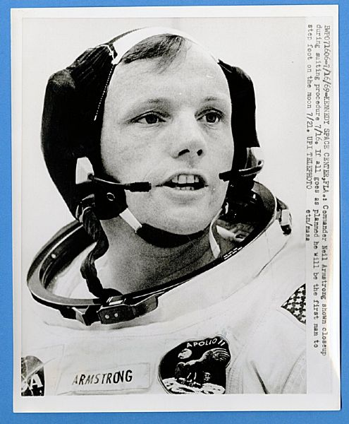 Neil Armstrong Original Wire Photograph