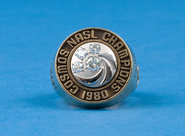 1980 Cosmos NASL Soccer Bowl World Championship Ring