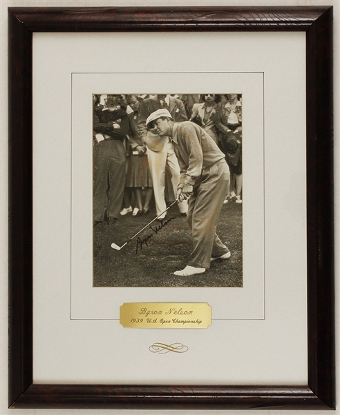 Byron Nelson Signed Photograph