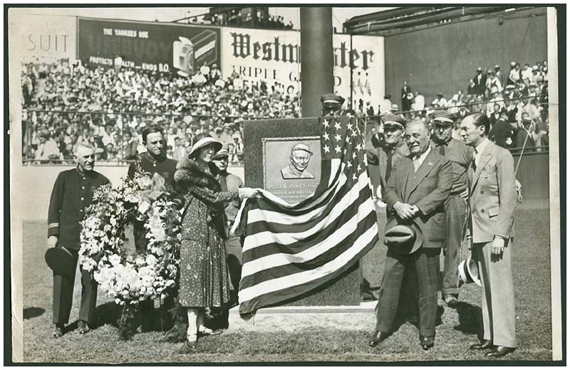 Miller Huggins' Memorial Unveiling Original Wire Photograph