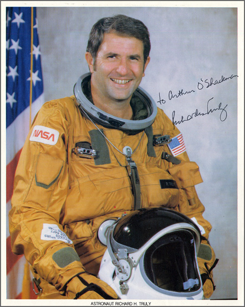 Astronaut Richard H. Truly Signed & Inscribed Official NASA Photograph