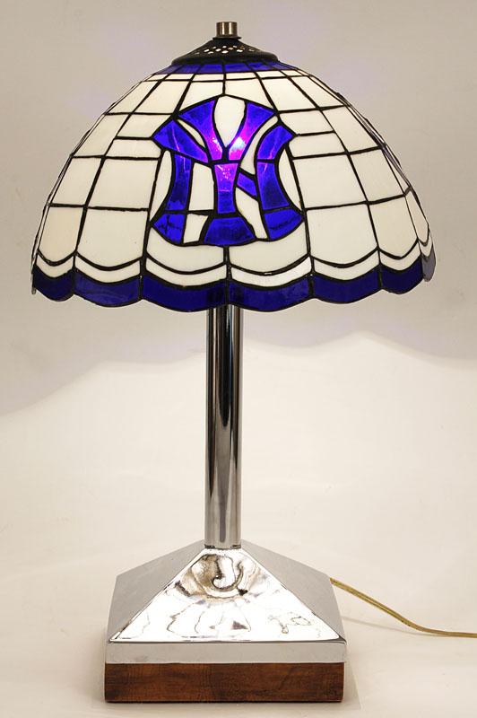 "Popular Item Detail - Vintage New York Yankees ""Tiffany"" Style Lamp OE55"